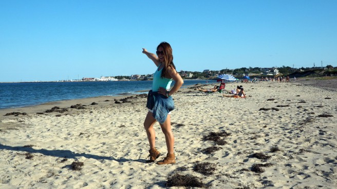 Yep, that's me posing on the beach. Everything is normal. ;)